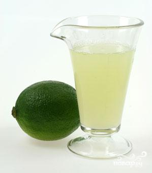 2. Сок из лайма нужно выжимать непосредственно перед смешиванием коктейля.