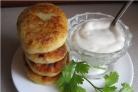 Картофельные пирожки с начинкой из фарша