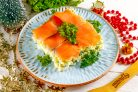 Салат с лососем на Новый год
