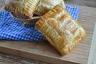 Пирожки из слоеного бездрожжевого теста