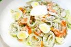 Салат из креветок и кальмаров без майонеза