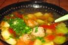 Суп с фрикадельками из фарша и колбасы