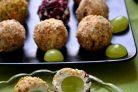 Виноград в сырной шубке
