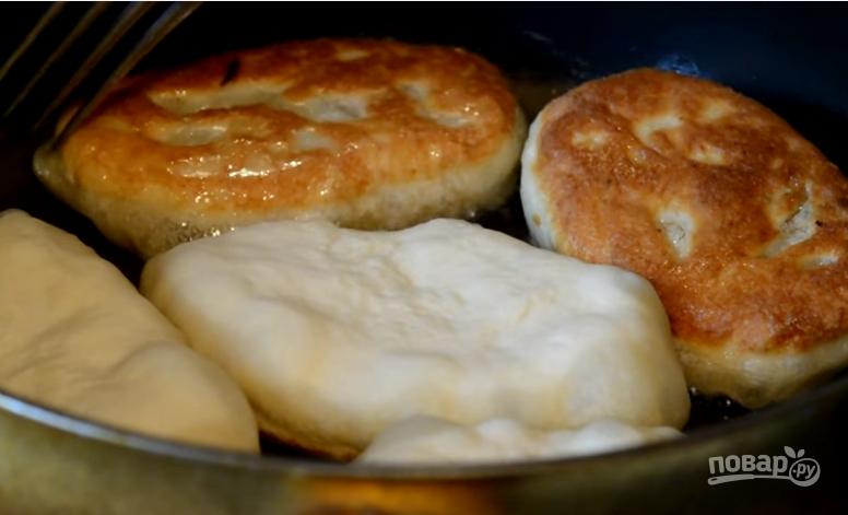 также пирожки из кислого молока фото рецепт запомнился один