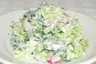 Простой салат из китайской капусты