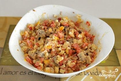 Салат из свинины и овощей