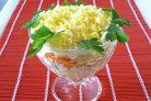 """Салат """"Мимоза"""" со сливочным маслом"""