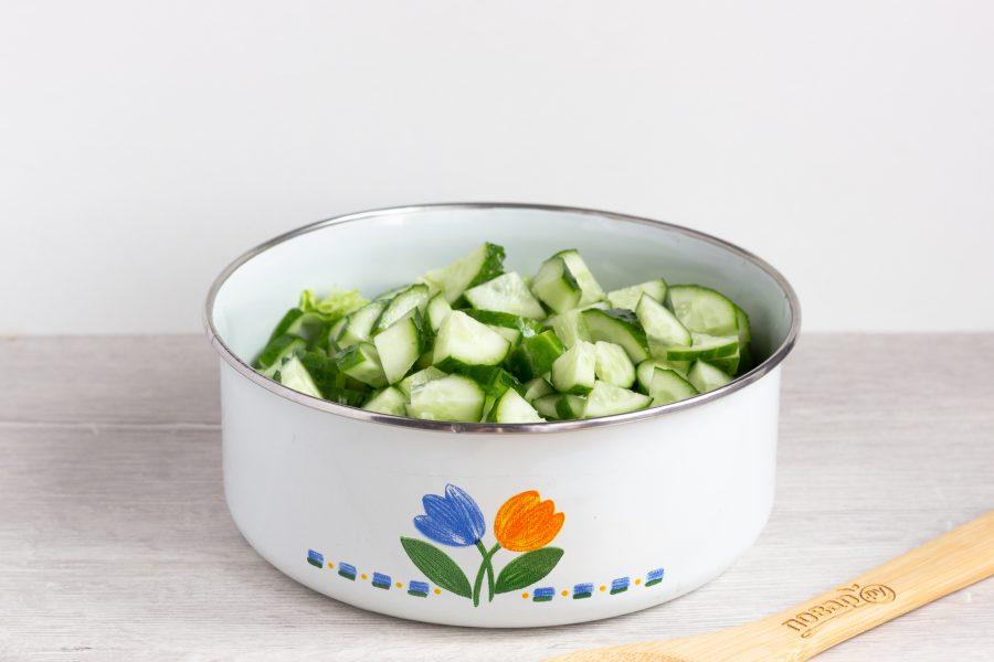 Зеленый салат с пекинской капустой