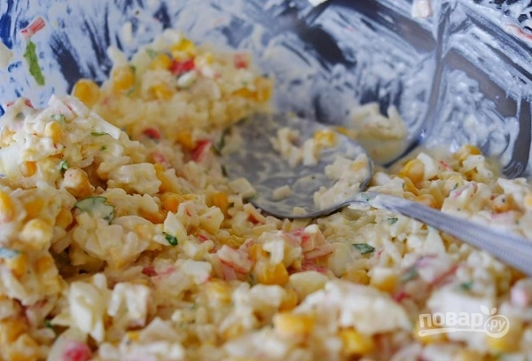 Салат из крабовых палочек идеальный