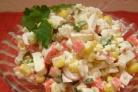 Салат из кукурузы и крабовых палочек по-домашнему