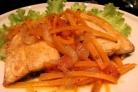 Горбуша в маринаде с морковью