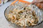 Салат из свинины с горошком