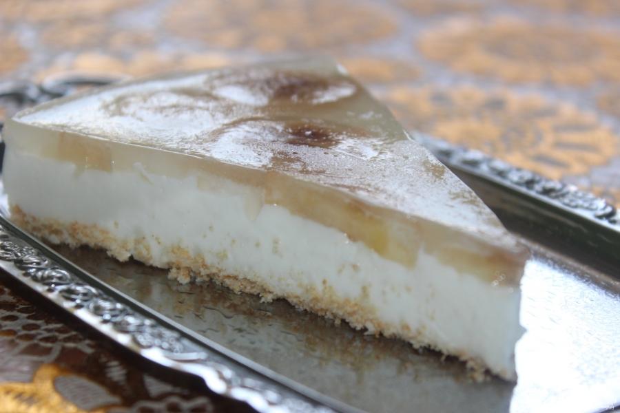 Торты из творога – это вкусный и полезный десерт.