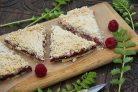 Вегетарианский пирог с малиной