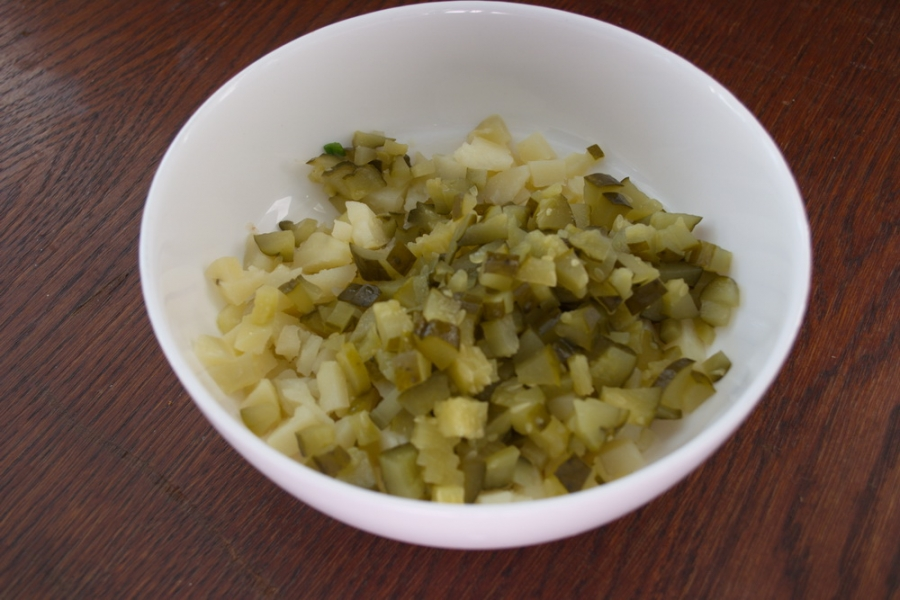 Салат из печени трески (консервированной)
