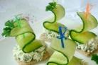 Маленькие бутерброды на шпажках