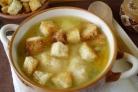 Вегетарианский гороховый суп в мультиварке
