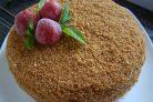 Медовый торт с карамельным кремом
