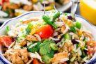 Салат из риса с курицей