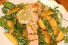 Салат из отварной семги
