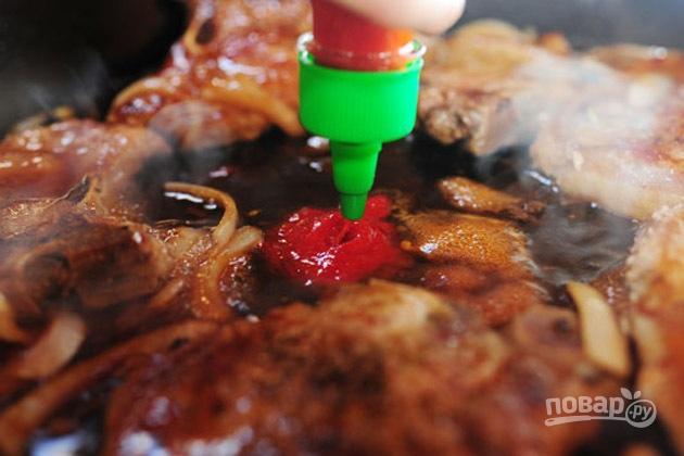 Жареные стейки свинины