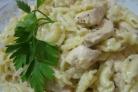 Паста c куриной грудкой под сливочным соусом