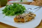 Курица под соусом с грибами