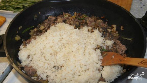 Индейка, фаршированная рисом