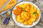 Оладьи на кефире с персиками