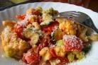 Цветная капуста в сливочном соусе с овощами