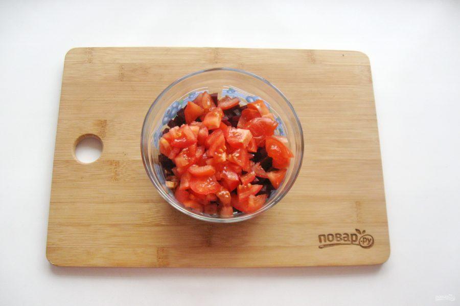 Салат из свеклы и помидоров