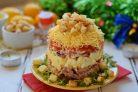 Мясной салат с колбасой