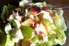 Салат с куриной грудкой простой