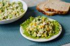 Салат с кукурузой и сельдереем
