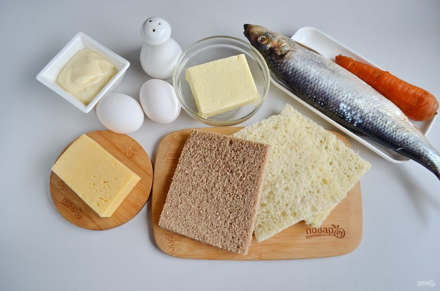 Закусочный бутербродный торт с рыбой