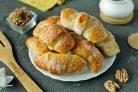 Круассаны с ореховой начинкой