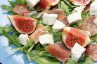 Вкусный салат с ветчиной
