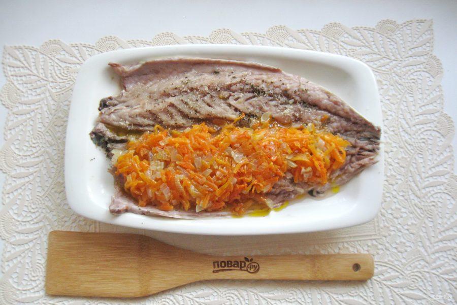 Как приготовить рулет из скумбрии с морковью
