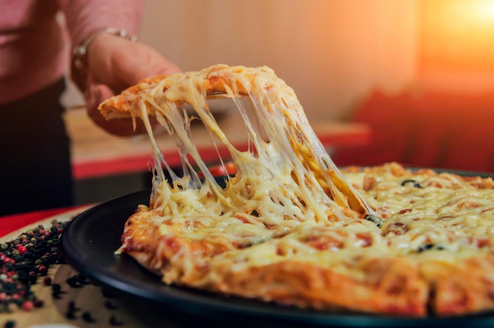 Сырная пицца