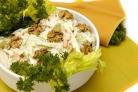 Салат из сельдерея с ореховым соусом