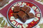 Диетический шоколад с орешками