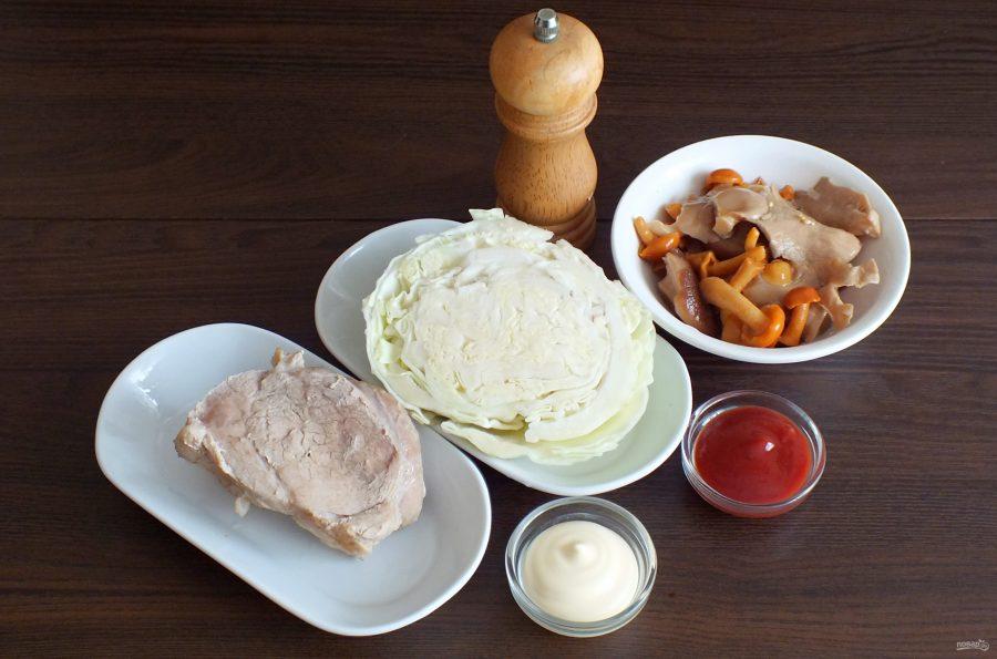 Салат с мясом и маринованными грибами