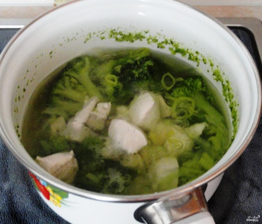 Суп-пюре из брокколи с курицей