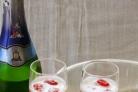 Желе из шампанского и малины