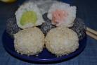 Рисовые шарики с начинкой