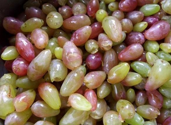 джем из винограда с косточками