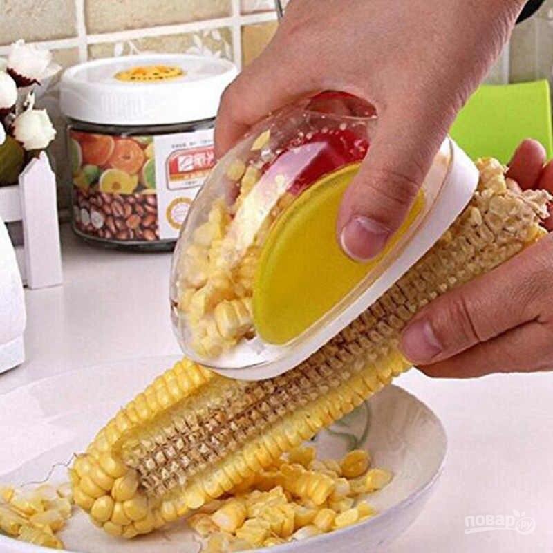Приспособление для чистки зерен кукурузы