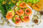 Бутерброды с красной рыбой на Новый год