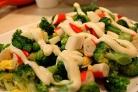 Крабовый салат с брокколи