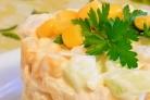 Быстрый салат с куриной грудкой